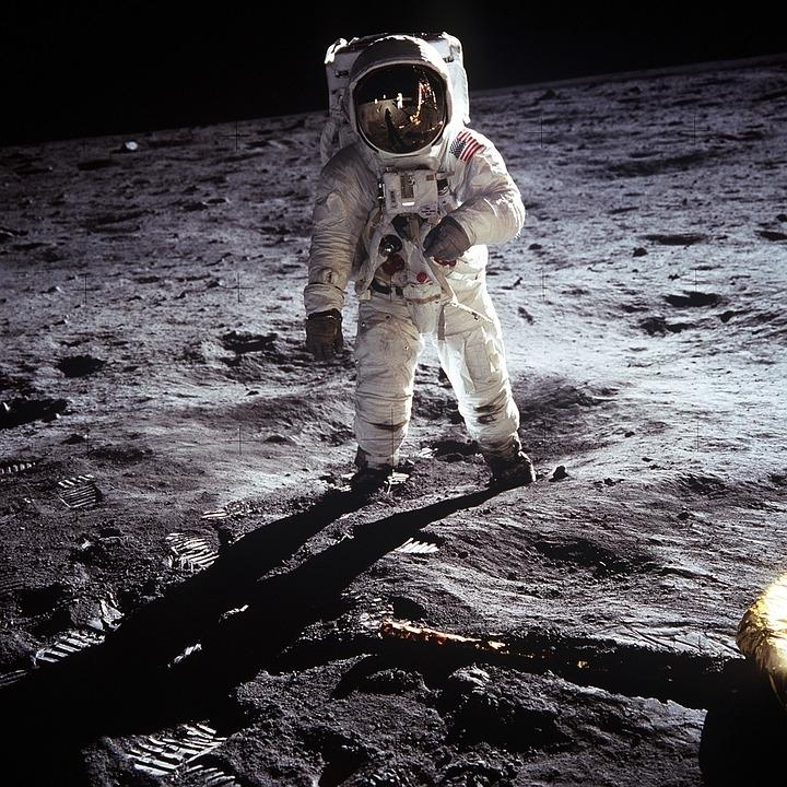 Apollo 11 Stregata dalla luna