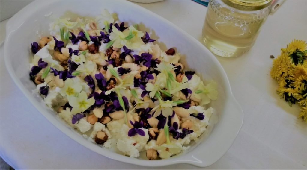 Insalata di violette 2 1024x568 Il cibo pu farti fare scelte