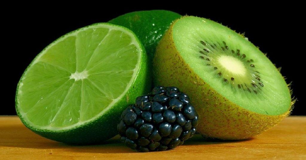 Limone Kiwi Mora 1024x538 3 pasti al giorno