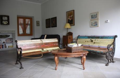 Salotto Glicine1 460x300 Wisteria Drawing Room