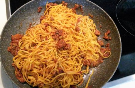 Tagliolini al Rag 460x300 Tagliolini al Rag noodles with meat sauce