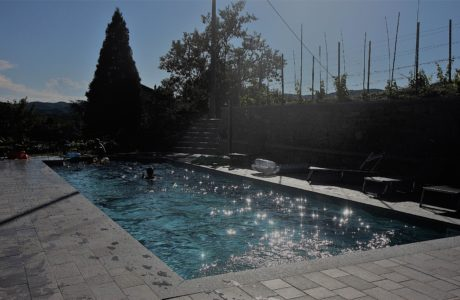 Villa Cheti ci si diverte 460x300 Sunset by the pool