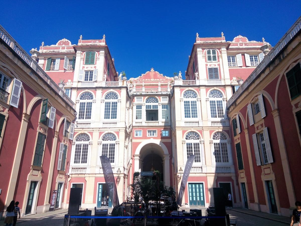 palazzo reale Genova per noi