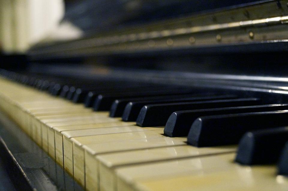 pianoforte Sulle note del notturno di Chopin