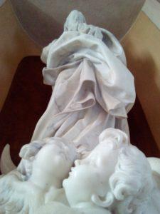 statua-dal-basso