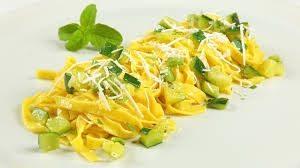 tagliatelle-con-zucchine